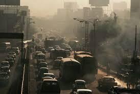 Inquinamento ambientale da fumo di sigaretta in automobile